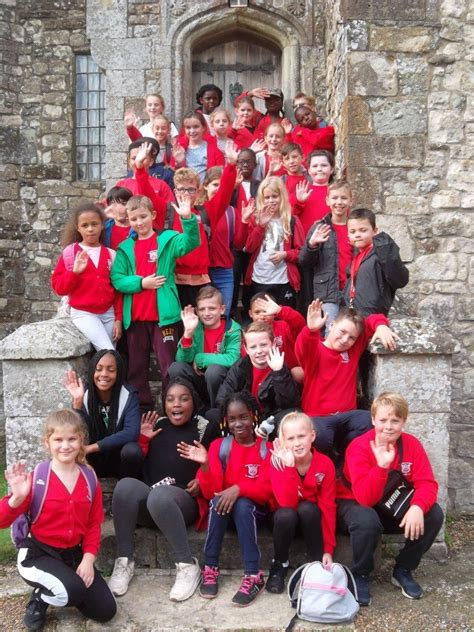 Dewhurst St Mary C of E Primary School » Isle of Wight Yr5