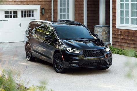 2021 Chrysler Pacifica: Review, Trims, Specs, Price, New