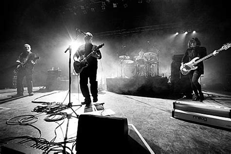 Pixies launched tour in Northampton w/ Paz on bass; Marc