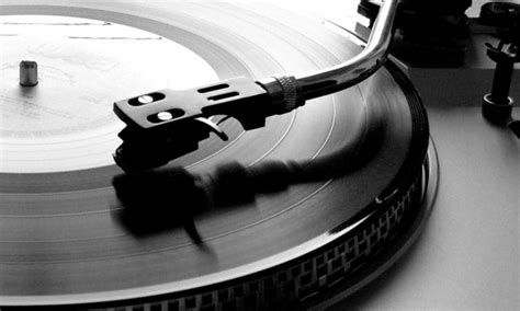 With vinyl sales on the rise, this startup lets anyone