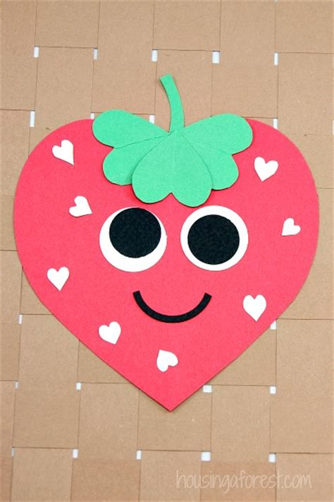 Heart Strawberry Craft   Housing a Forest