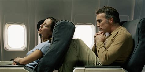 10 Signs You're The Worst Person On Your Flight | HuffPost