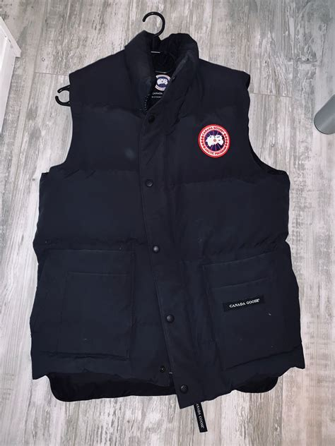 Canada Goose Freestyle Crew väst in 31134 Skrea Strand for