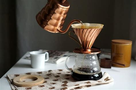 11 Best Pour Over Coffee Makers for Caffeine Addicts