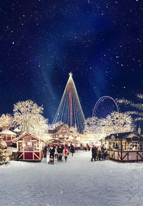 Christmas at Liseberg in Gothenburg opens with more lights