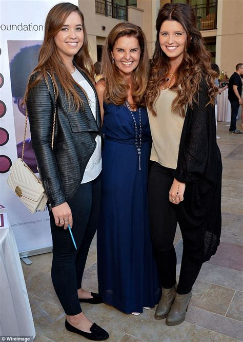 Maria Shriver has a ball with her children at charity