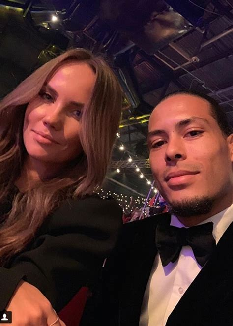 Stunning Wives And Girlfriends Of Man United & Liverpool