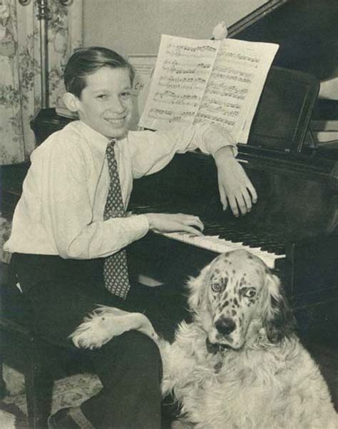 ARCHIVED - Childhood and Education - Glenn Gould - The