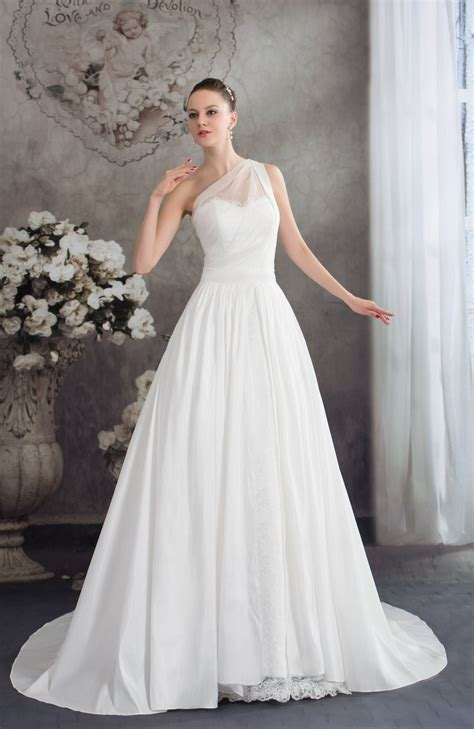 White Traditional Outdoor A-line Sleeveless Half Backless